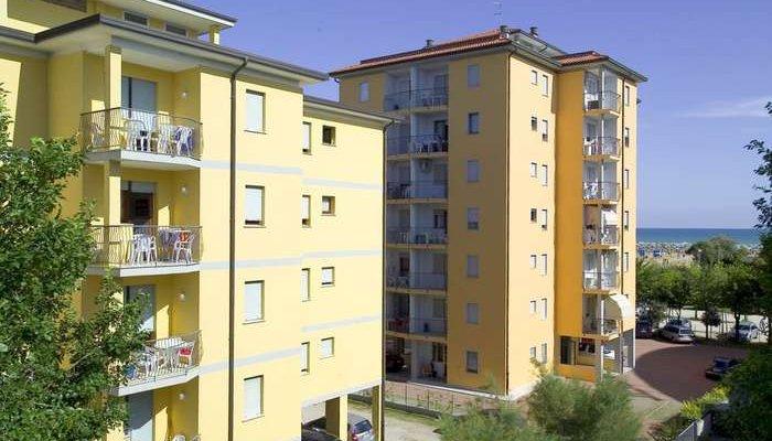 Appartamenti Lyons Nord e Sud 9682