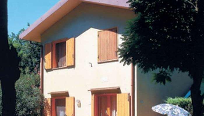 Ville Dora e Le Pinetine 9742