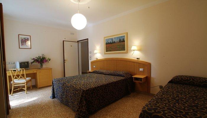 Hotel Horizonte 4010
