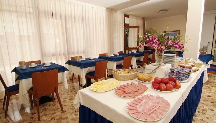 Hotel Horizonte 4015