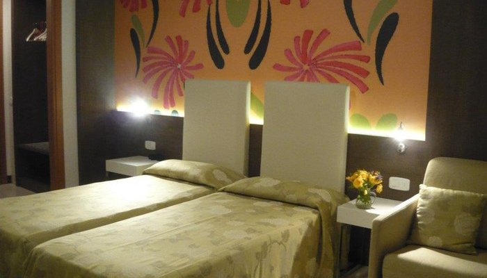Hotel Lily 7243