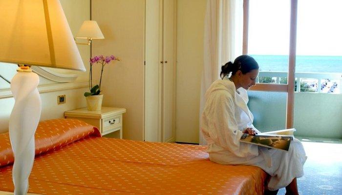 Hotel Montecarlo 3913