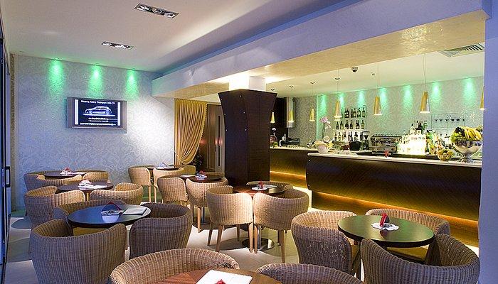 Hotel Montecarlo 3915
