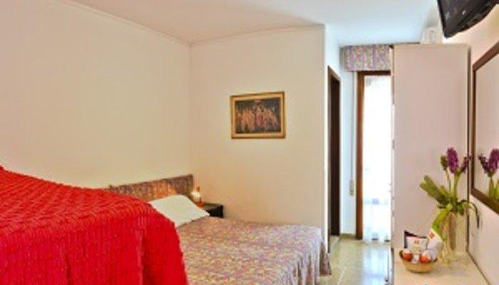 Hotel Nevada 24924