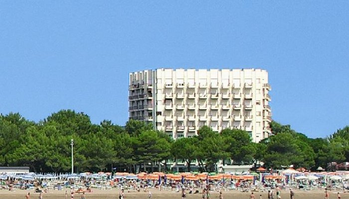 Hotel International Beach 3010