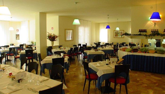 Hotel Mediterraneo 2988