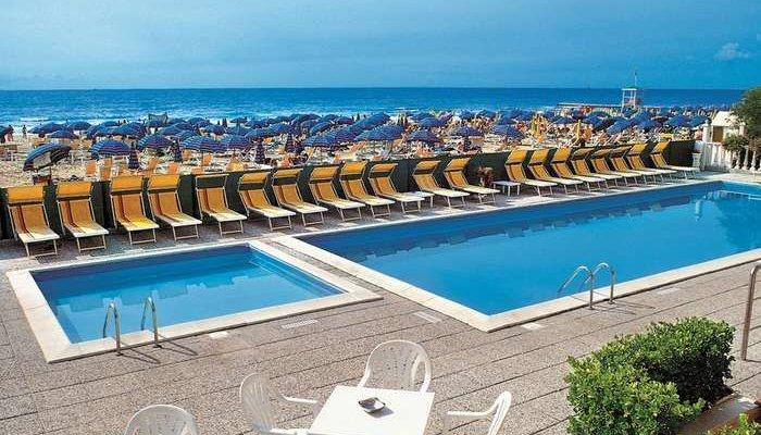 Hotel Tritone 5220