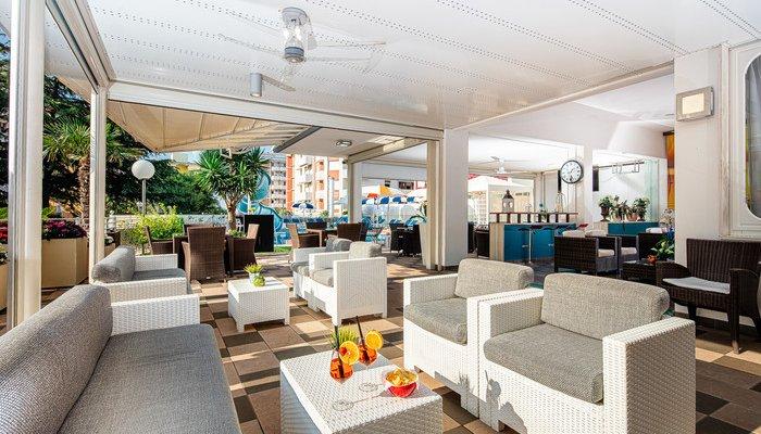 Hotel Alexander 32912