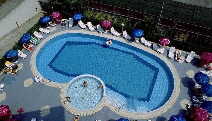 Hotel Ambassador 3223