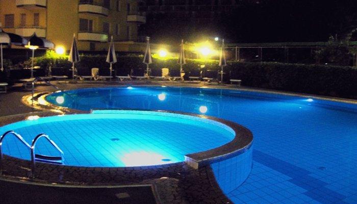 Hotel Ambassador 4538