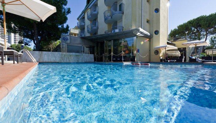 Park Hotel 23432