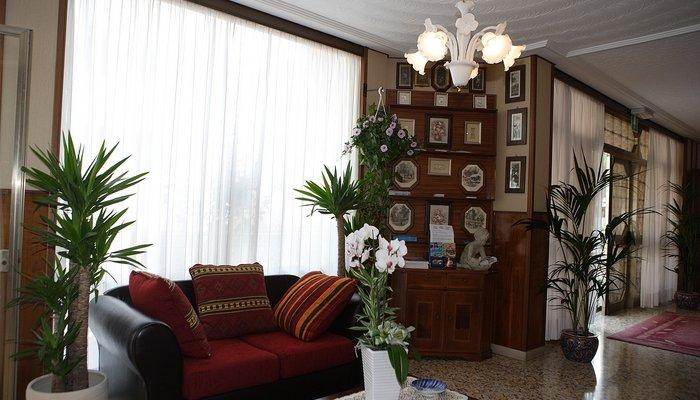 Hotel Bianchi  2715