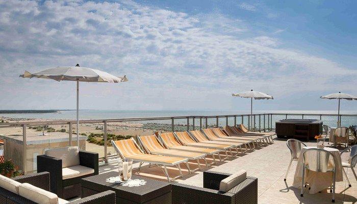 Hotel Karinzia 23615