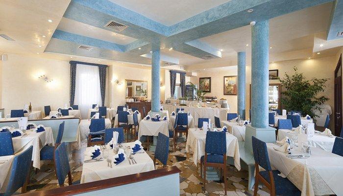 Hotel Karinzia 23623