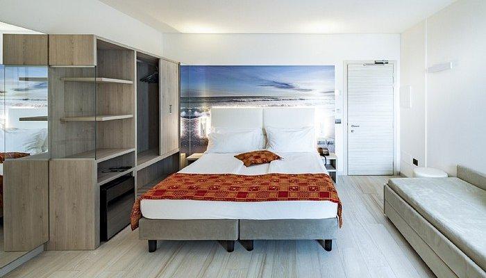 Hotel Cesare Augusto 31960