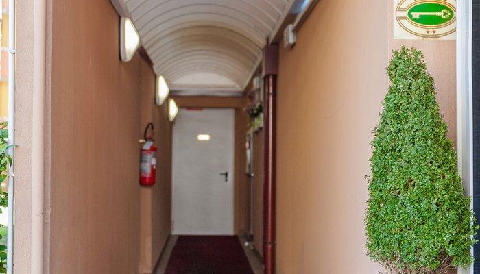 Hotel Del Corso Garni 14066