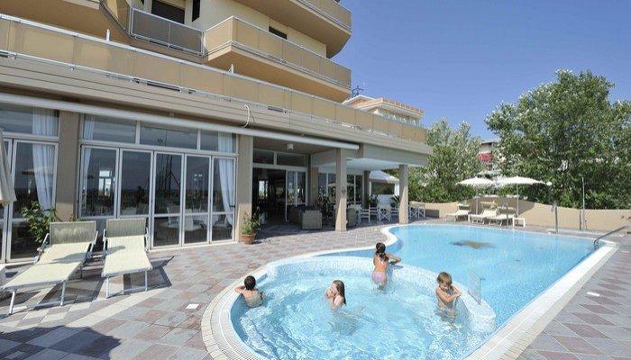 Hotel Excelsior 15597