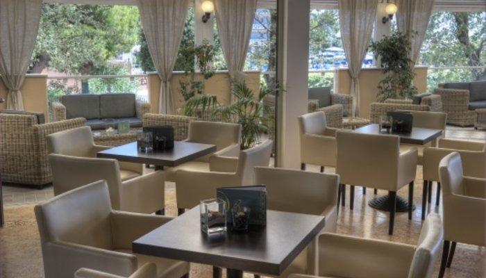 Hotel Excelsior 4868
