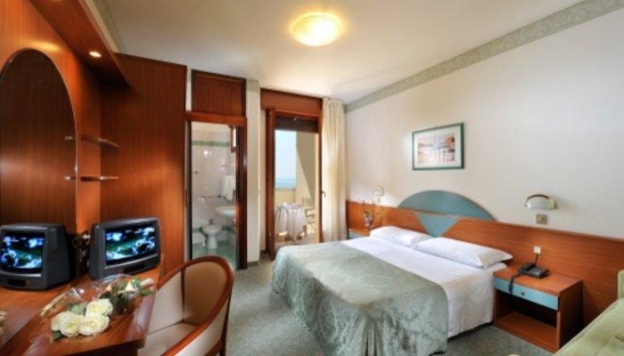 Hotel Excelsior 4869