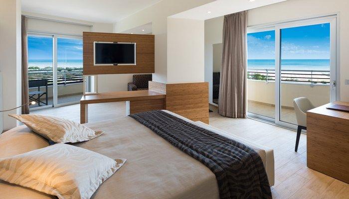 Laguna Park Hotel  27105