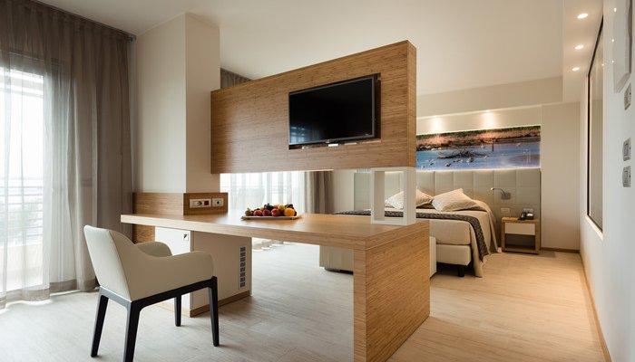 Laguna Park Hotel  27149