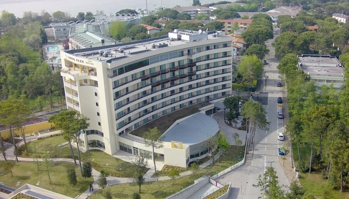 Laguna Park Hotel  27241