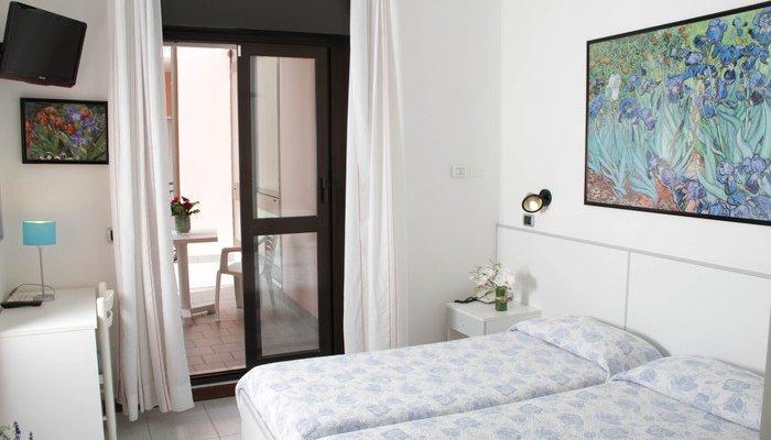 Hotel La Serena 12956