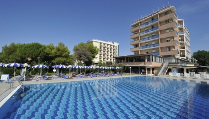 Hotel Palace 4872