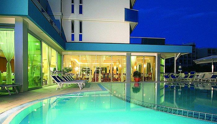 Hotel Parigi 7119