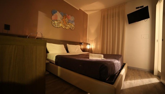 Hotel Santa Lucia 29010