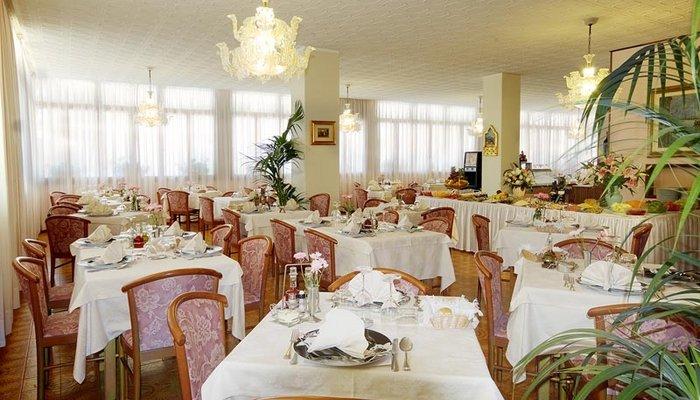 Hotel Victoria 3995
