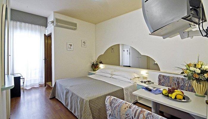 Hotel Victoria 3997