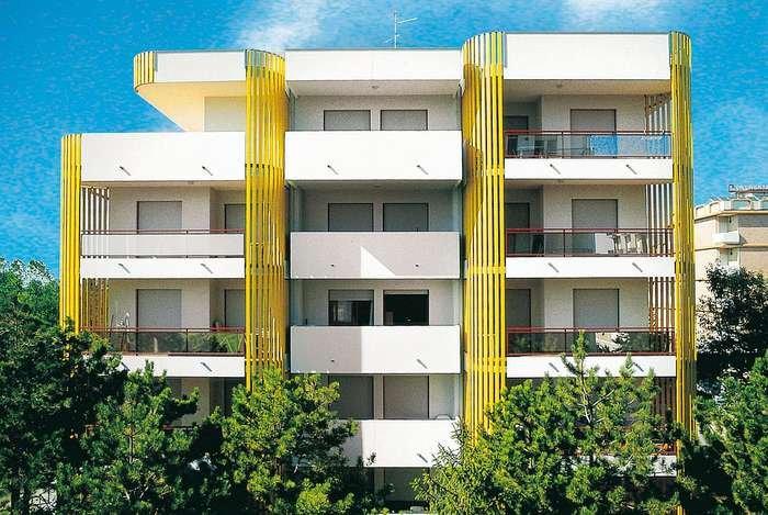 Bibione appartamenti vacanze e stagionali in affitto a for Appartamenti bibione