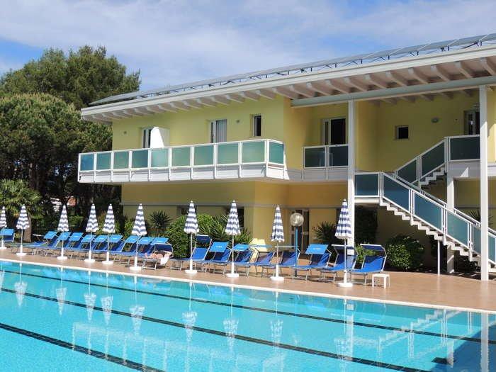 Vacanze a Lido dei Pini, Bibione: Scopri la Località e le Strutture ...